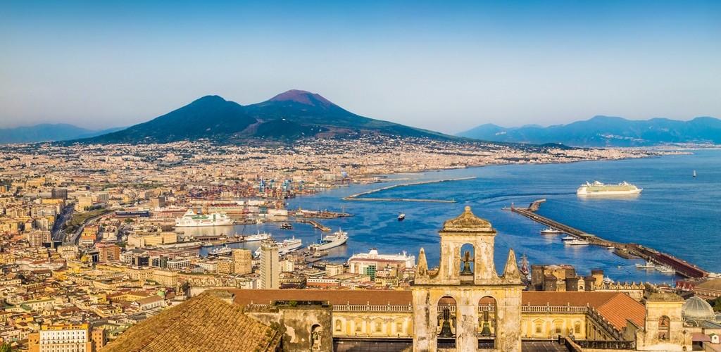 Napoli, Costiera Amalfitana, Pompei, Reggia di Caserta e San Leucio