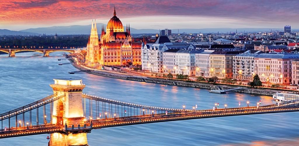 BUDAPEST, BRATISLAVA E PRAGA